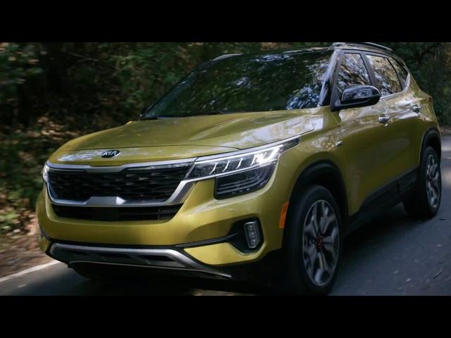 2021 Kia Seltos | LA Auto Show Debut | Steve Hammes