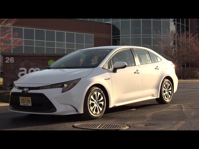 2020 <em>Toyota</em> Corolla Hybrid | Iconic vs. Ioniq | TestDriveNow