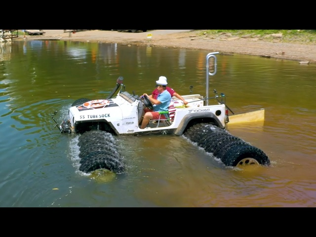 "This Jeep Can SWIM! Best of ""Tubesock"" the Underwater Jeep 