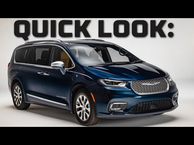 Quick Look at a Minivan! | 2021 NEW Chrysler Pacifica Walkthrough | MotorTrend