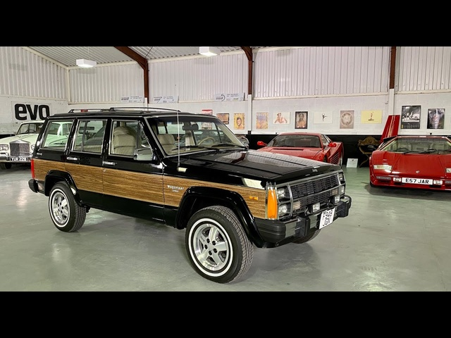 Jeep Cherokee (XJ series) Wagoneer Limited review. Is this the world's first Sports Utility Vehicle?