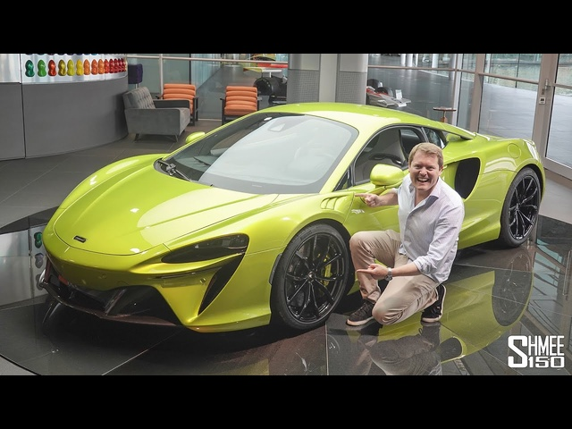 New MCLAREN ARTURA! My First Look at the Latest Hybrid Supercar
